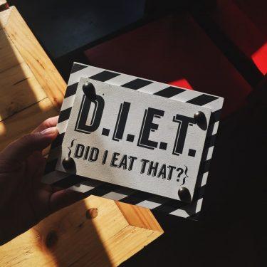 LAVAで挑戦!ホットヨガに1週間毎日通うと何キロ痩せる?コンビニor外食のみの食事メニューで、絶対無理をしない楽々ダイエット!3日目